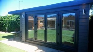 Garden Office with side canopy