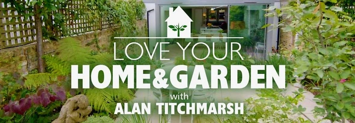 Love your home and garden the green room for Garden house